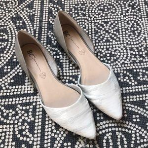 BC Footwear Flats Like New Size 11